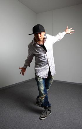 TETSUHARU(てつはる) 東京生まれ。ダンサー、振付家