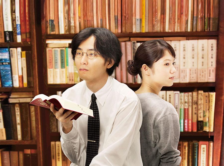 松田龍平と宮﨑あおい © 2013「舟を編む」製作委員会