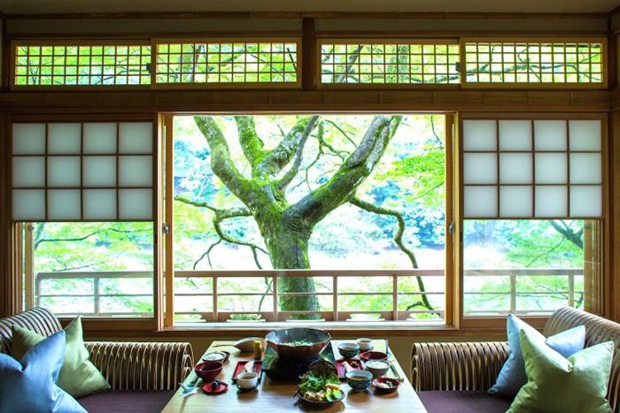隠れ家的なお宿「星のや京都」