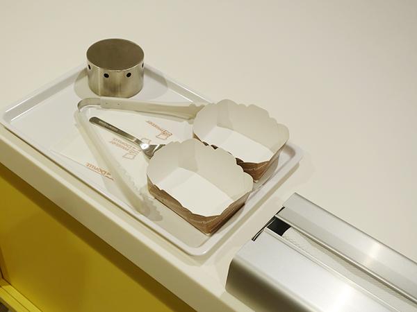 道具も本格的なのがうれしい。食育も含め、手洗いも入念に