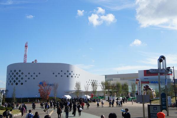 11月19日にオープンした大型複合施設「EXPOCITY」