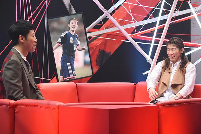 昨年12月に対談では、「勝っているうちは続けたい」と話していた吉田沙保里