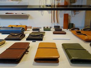 工房限定で販売する商品もあり、iphoneケース10,800円もその一つ
