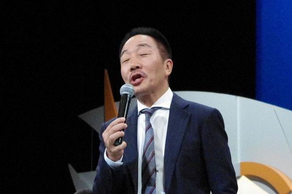 若手の舞台は観客と一緒になって笑って観ているという中田カウス