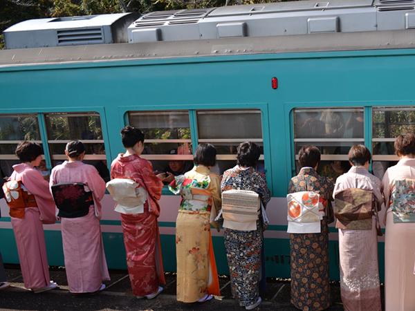 プラットホーム大茶会は湯川駅で開催予定