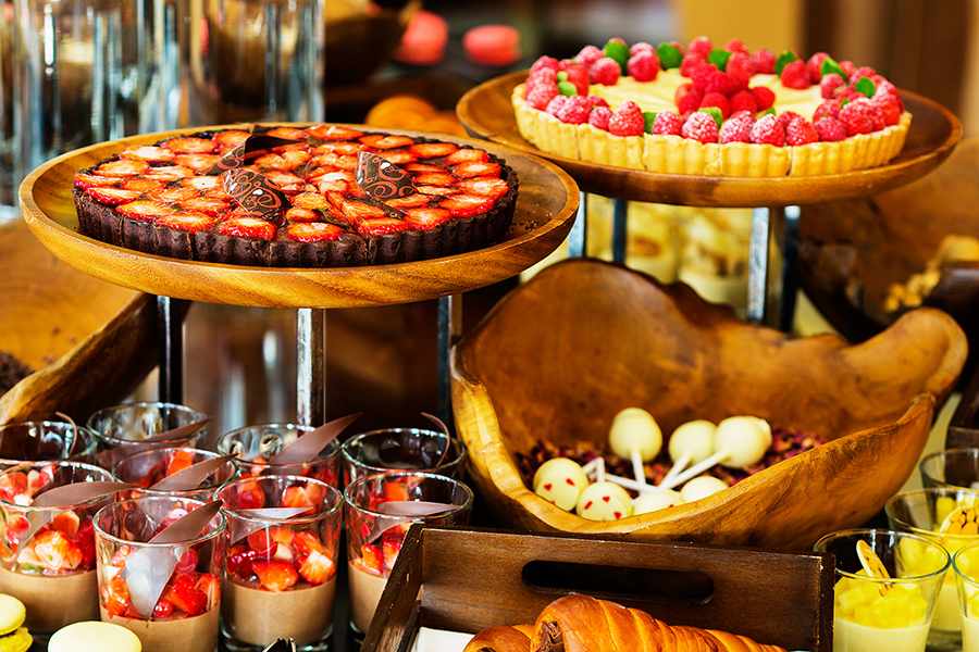 strawberry_chocolate_buffet