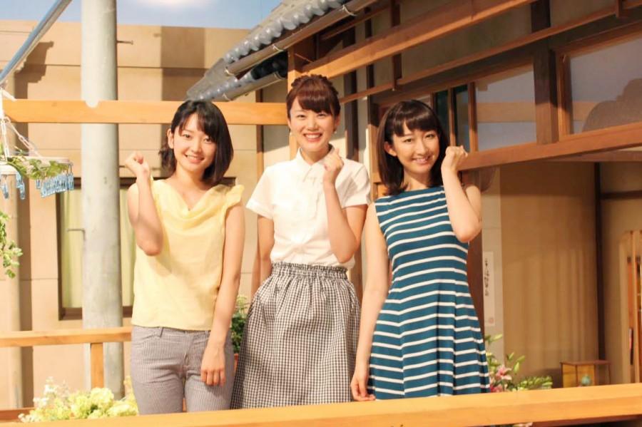 左から竹﨑由佳アナ、高橋真理恵アナ、竹上萌奈アナ