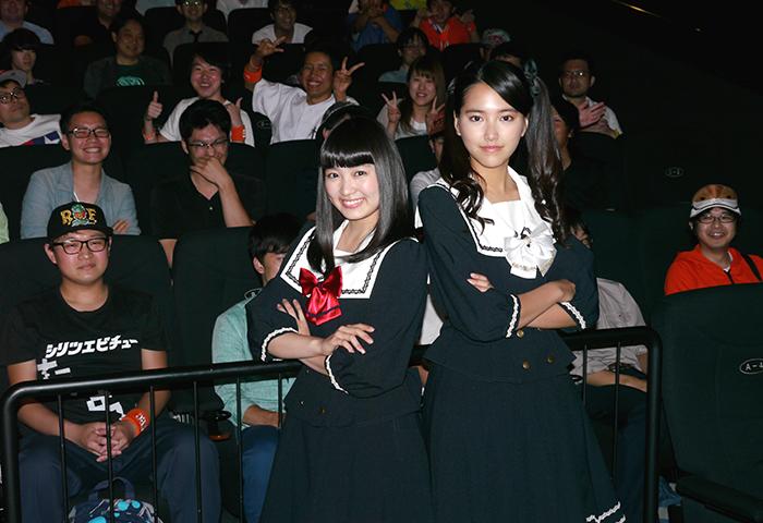 柏木ひなた(左)と竹富聖花