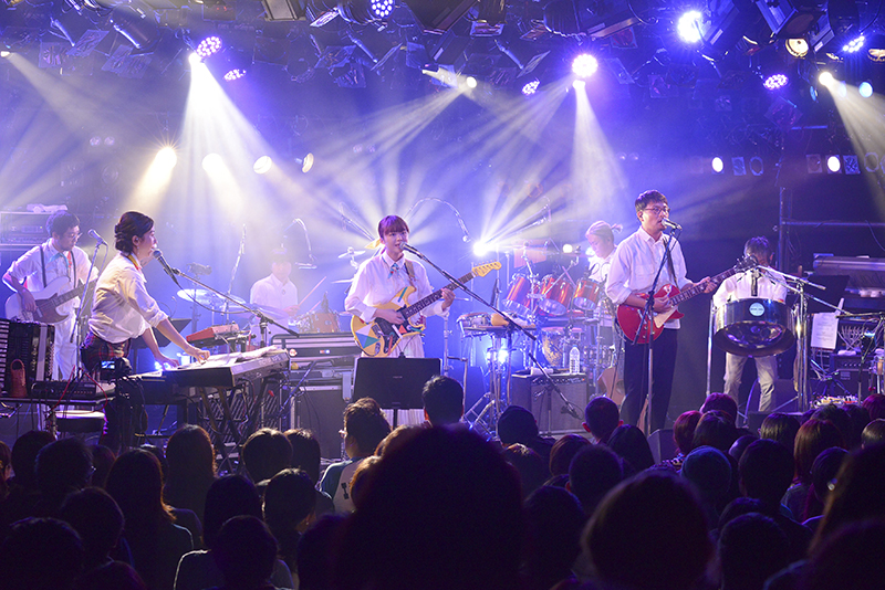 梅田クラブクアトロ『KIRINJI LIVE 2015』より(写真/倉科直弘)