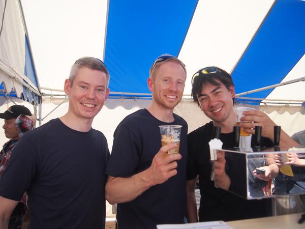 左からベン、クリス、ポール