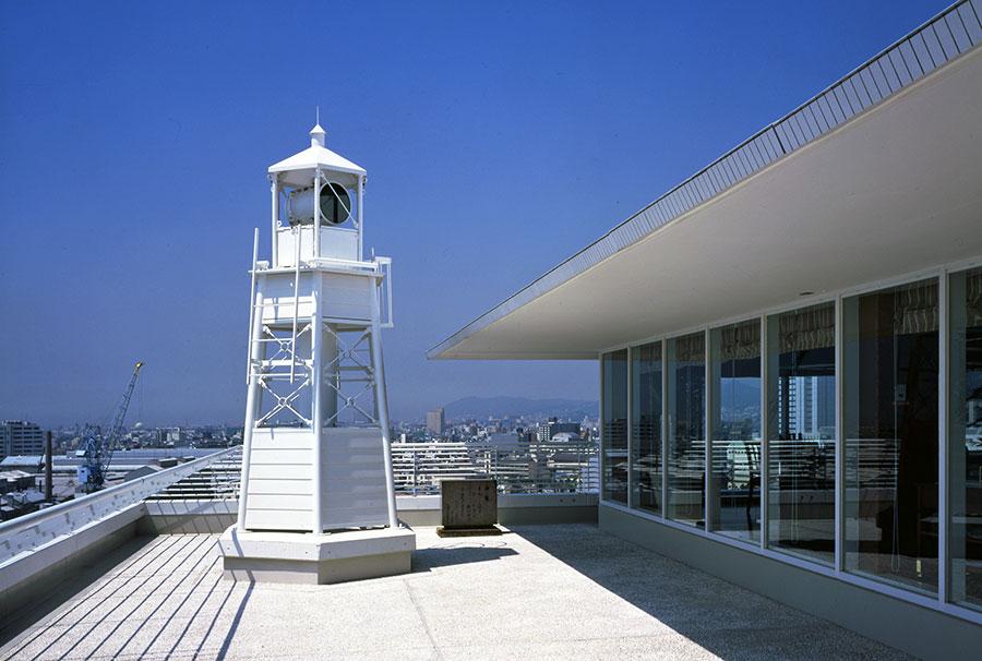 日本で唯一の「ホテルに建つ公式灯台」