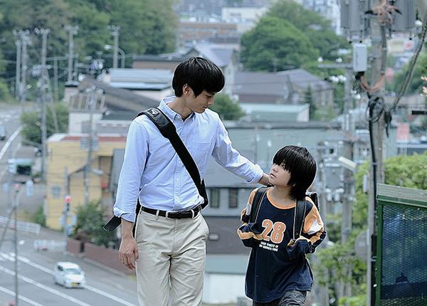 映画『きみはいい子』© 2015「きみはいい子」製作委員会