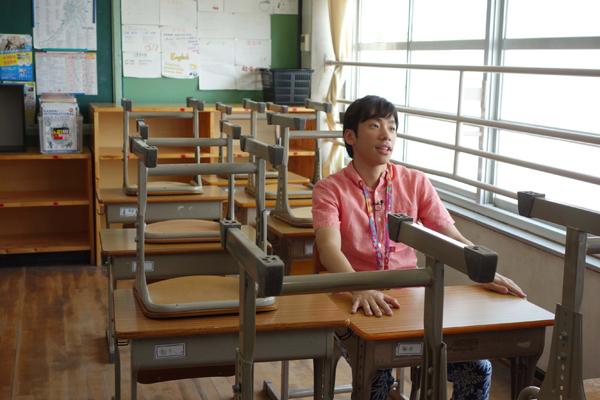 自らの出身中学校を訪問