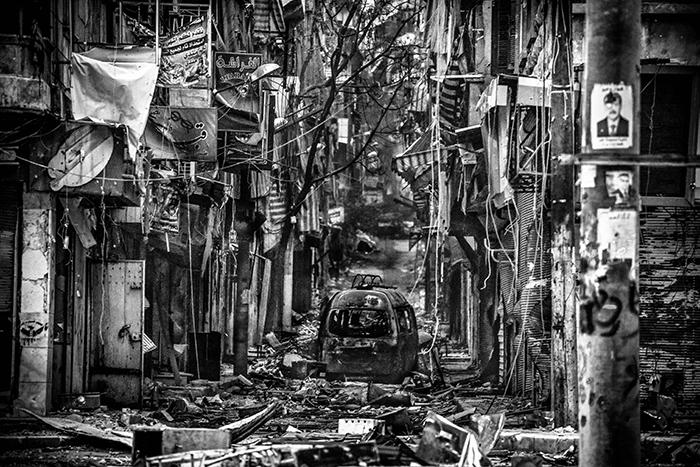 鈴木雄介《City of Chaos〜Aleppo, Syria〜》2013年