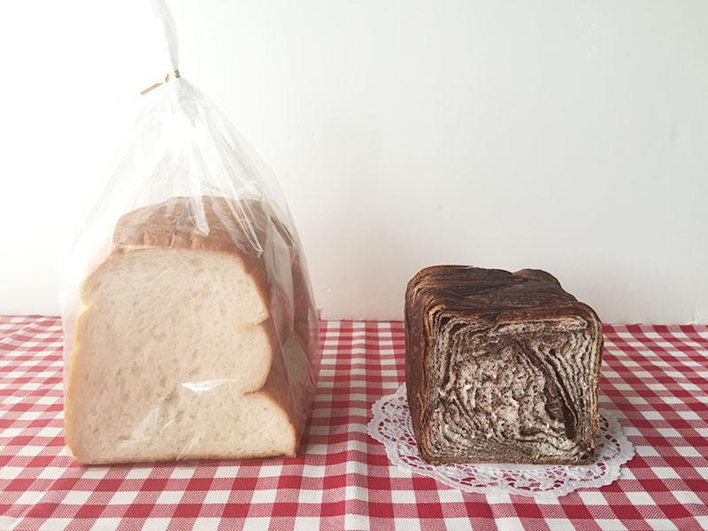 オープン記念の新商品、デニッシュ食パン(450円〜)