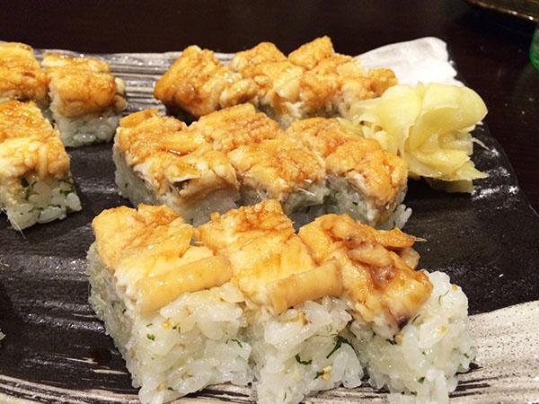 とろとろに煮た穴子の棒寿司は1,280円