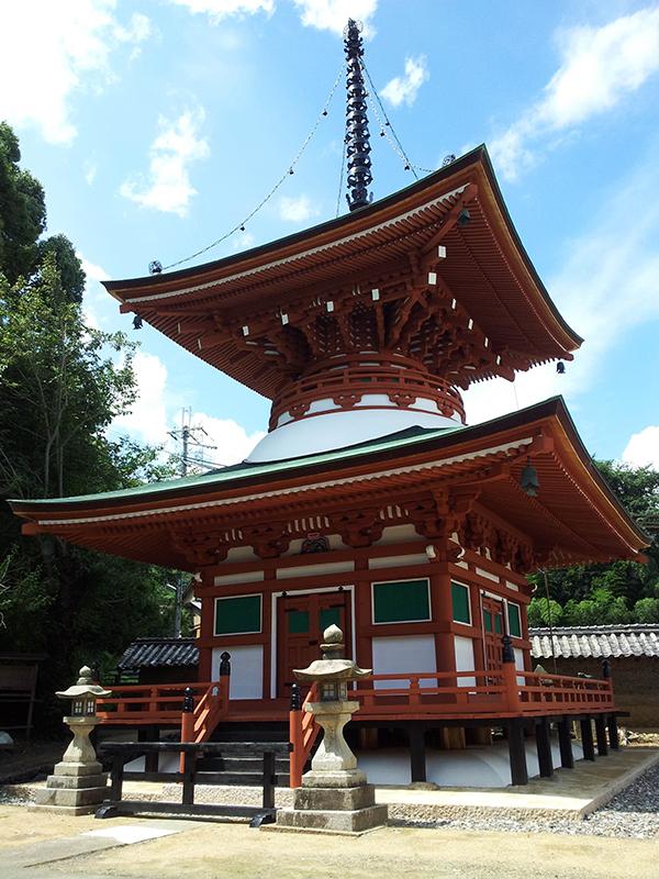 女性でも参詣できるお寺として知られている「慈尊院」