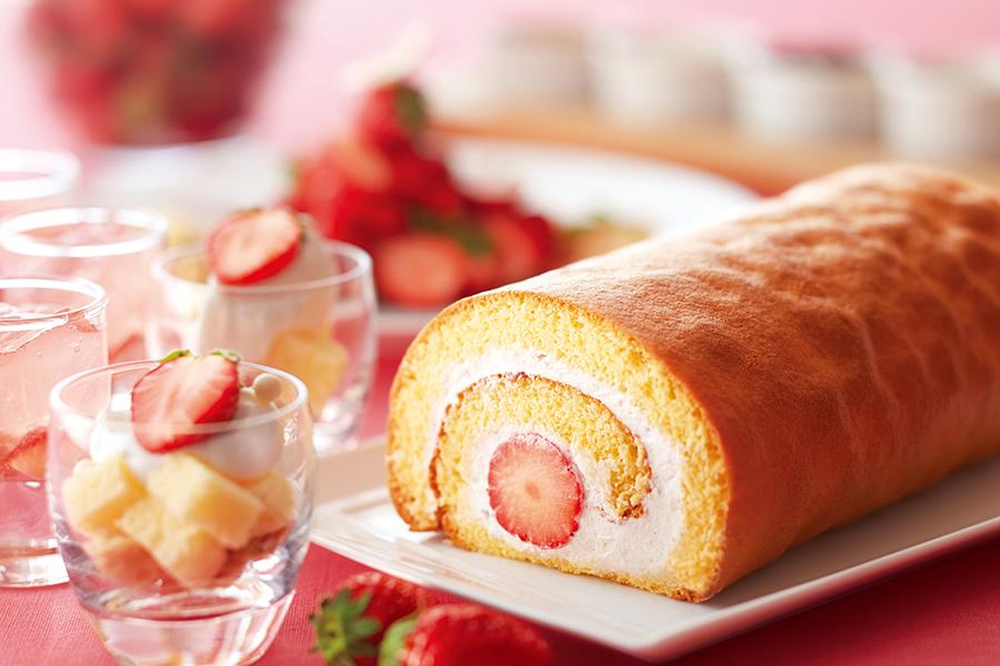 ANAクラウンプラザホテル大阪では「苺のショートケーキ ベリーヌ仕立て」「苺のタルト」「苺のアイスクリーム」などおなじみのメニューが勢揃い