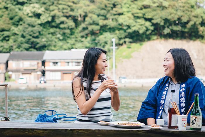 郷土料理とお酒を楽しむ浅田舞