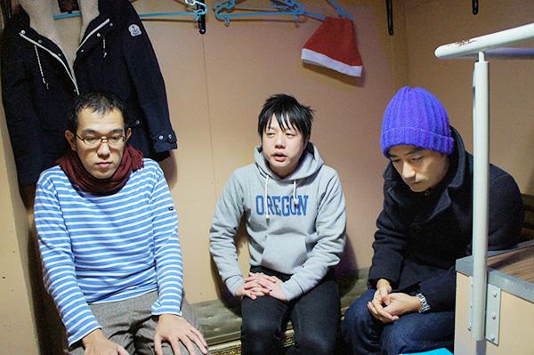 左から、上田、かもめんたる・槙尾、岩崎