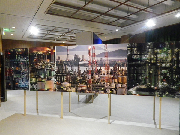 「魅せる工場展」会場風景。撮影場所は倉敷市
