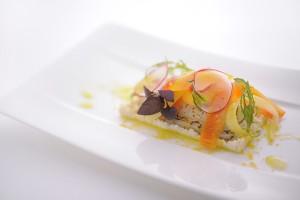料理は、7,500円のランチコースから、太刀魚のグリエとカラスミをセロリラブにのせて。根セロリのクリーミーな風味がたまらない