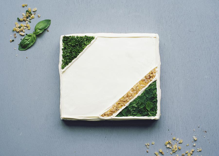 ローストチキン&ジェノベーゼペーストのケーキイッチ