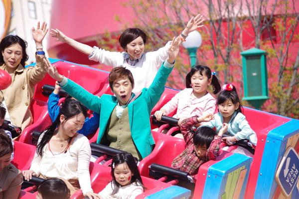 オープニングセレモニーのゲストとして登場した織田信成