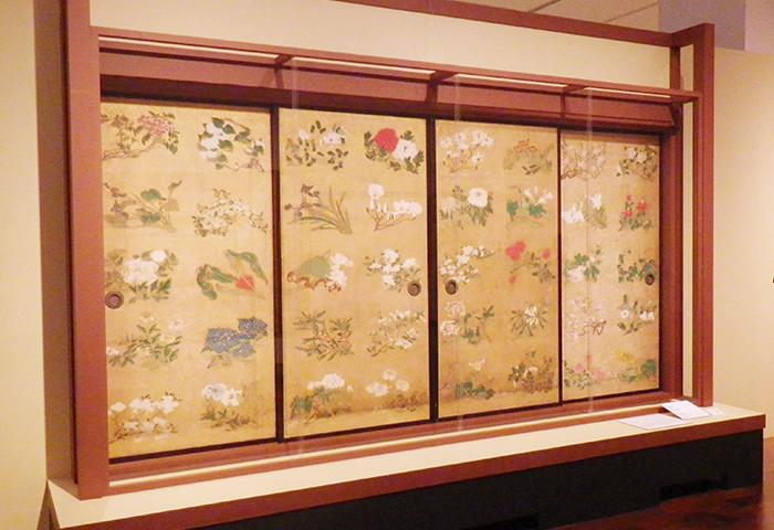 伊藤若冲《花丸図》 明和元年(1764) 紙本着色金砂子撒 襖四面