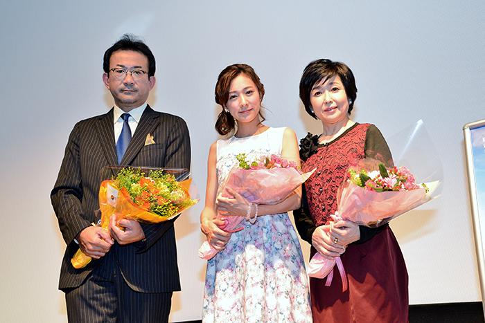 「劇場版 神戸在住」の監督白羽弥仁、主演の藤本泉と竹下景子