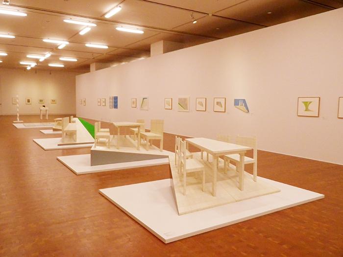 《遠近法》シリーズの展示風景