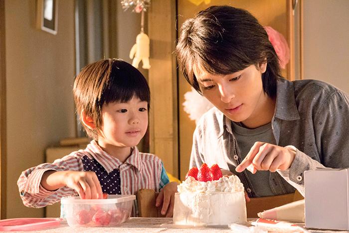 主人公を演じる高杉真宙と弟役の前田旺志郎