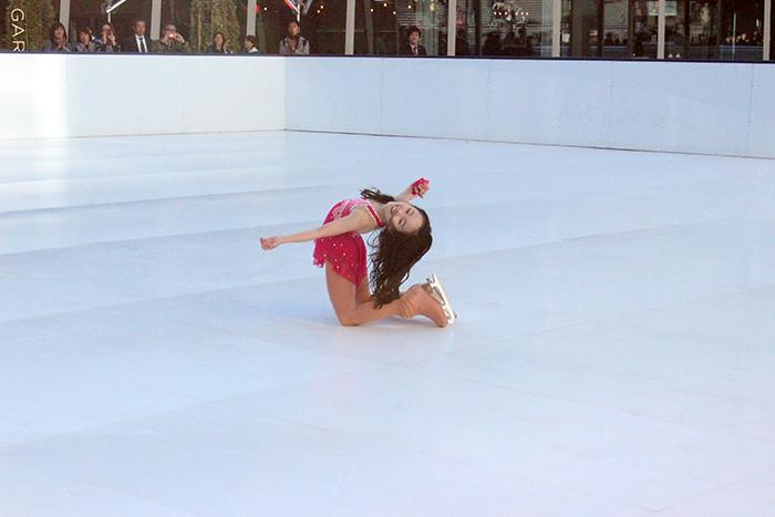華麗な滑りを披露したのはフィギュアスケート選手としても活躍する本田望結ちゃん