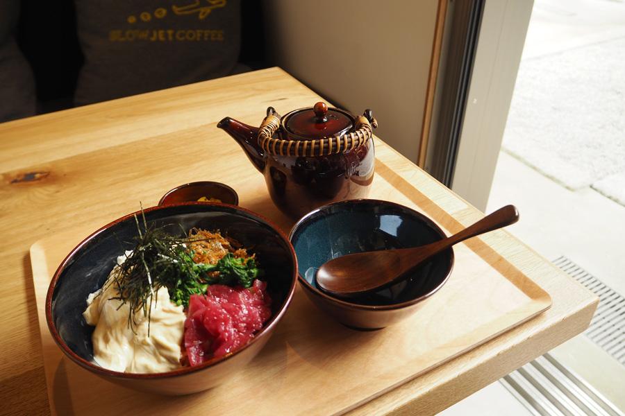 生湯葉とちりめん山椒のだし茶漬け1,350円