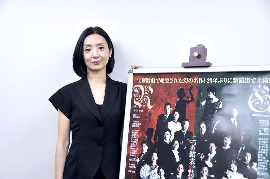 ミュージカル俳優・伊礼彼方とのデュエットは、相当プレッシャーと話す草刈民代