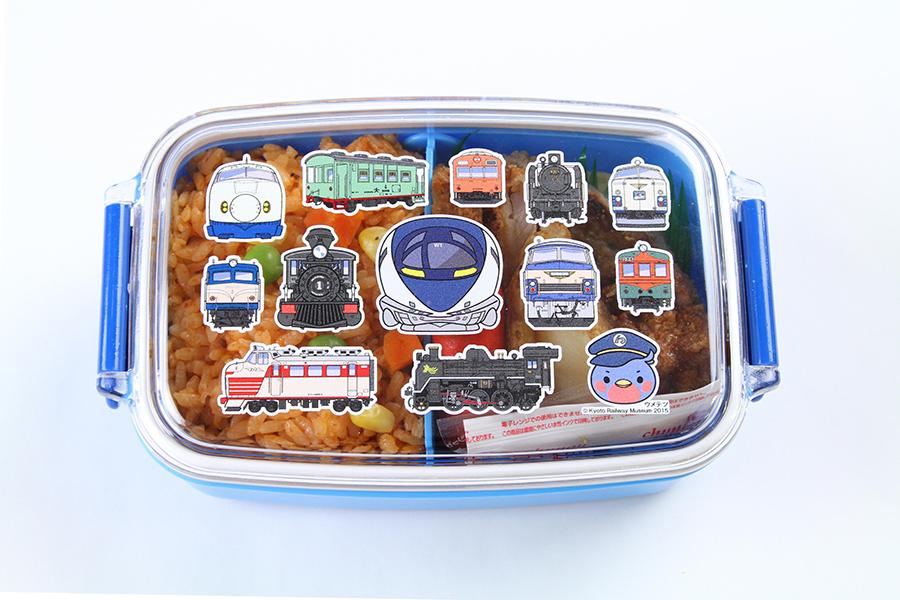 オリジナル弁当箱に子どもに人気のおかずを盛り込んだ「ウメテツランチBOX」1,500円