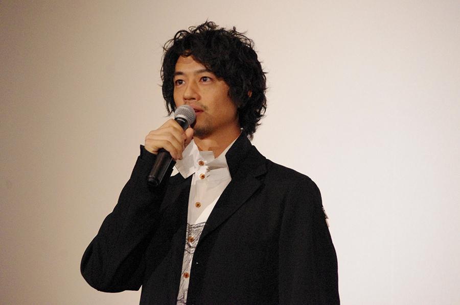 本作でも艶のある演技で魅了した斎藤工(27日・大阪市内)