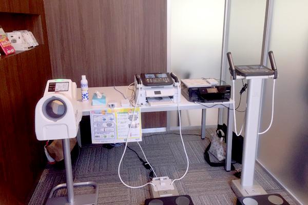 体組成計と血圧計で計測したカラダの状態を記録しておくことができる