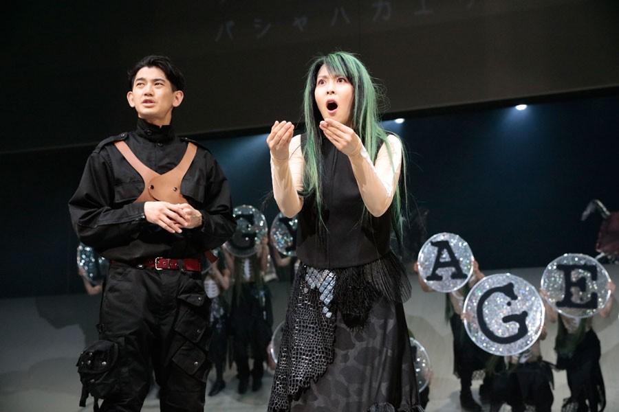 NODA・MAP第20回公演『逆鱗』撮影:篠山紀信
