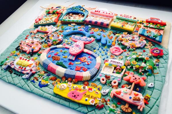 お菓子の国は親子で約1週間かけて1シーン作ったそう