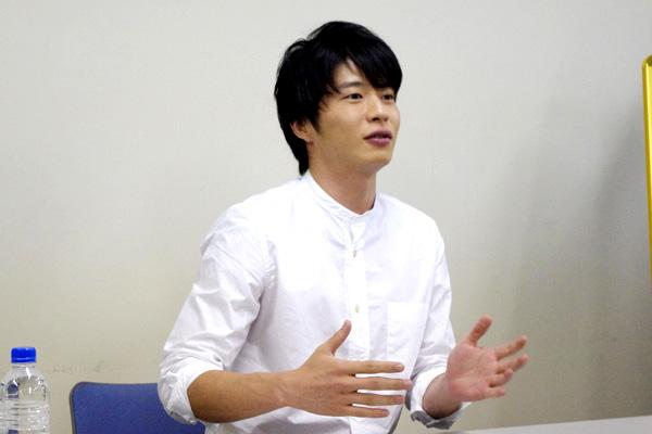 劇中では自堕落な兄・ジェイミー役を演じる田中圭