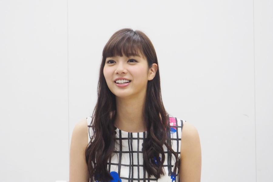 「現場も本当に楽しくて、この作品に関われてうれしい」と話す新川優愛
