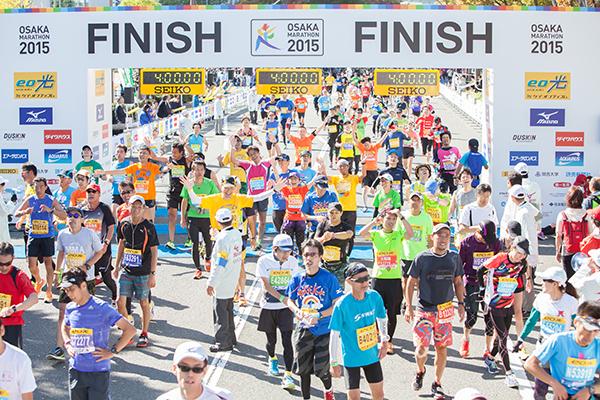 2015年に開催された第5回大阪マラソンのフィニッシュゲート