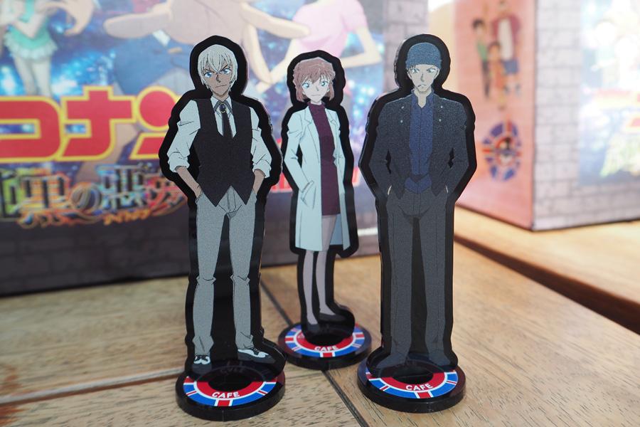 左から、安室透、シェリー、赤井秀一の2.5次元フィギュア各648円