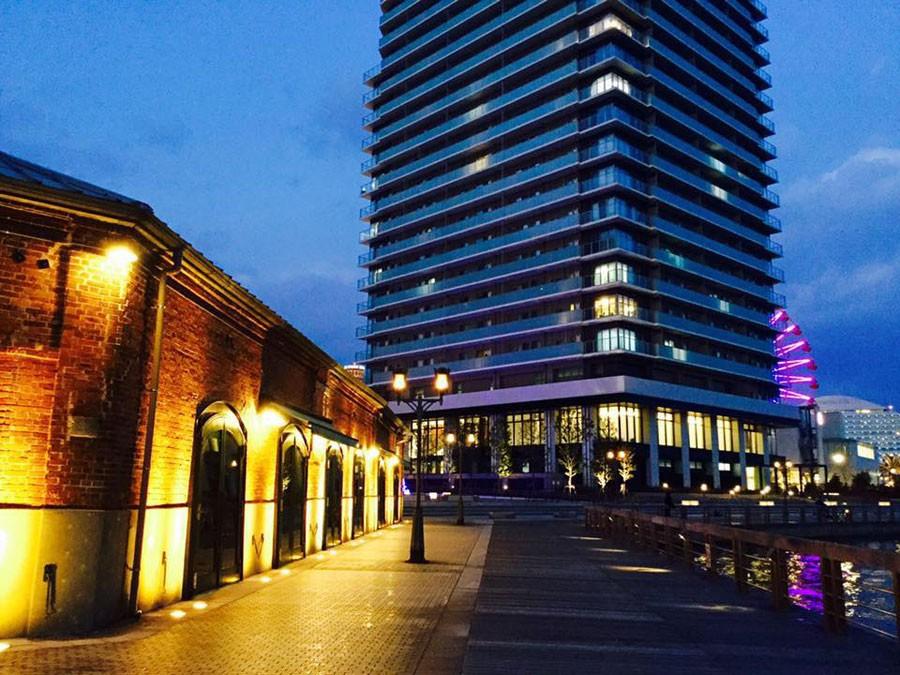 神戸の夜景に溶け込む、幻想的な『神戸煉瓦倉庫』