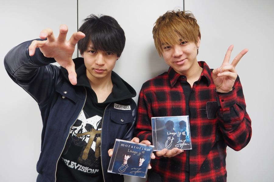 モラトリアムの悠(左)と藤井洋(右)