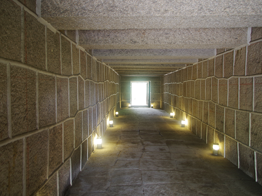 1685年(貞享2年)に建築された、日本で唯一現存する火薬庫焔硝蔵