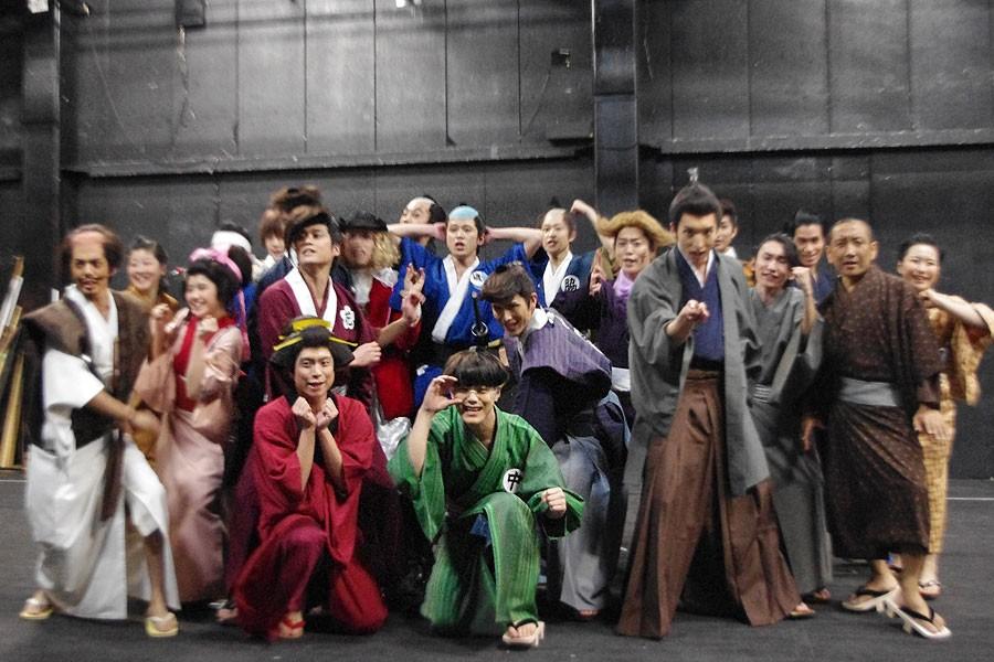 劇団Patchの最新公演は、人気ギャグ漫画原作の舞台『磯部磯兵衛物語』