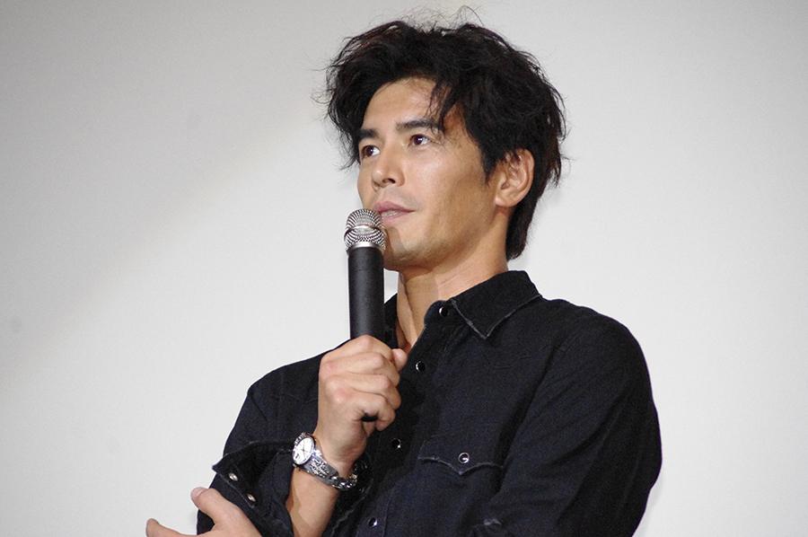 ジョーク連発で会場を湧かせた俳優・伊藤英明