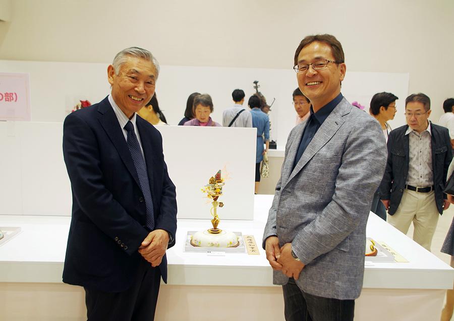兵庫県洋菓子協会の椎葉房次さんと、菓樹工房ユーカリプティースの代表の中村傑悅さん